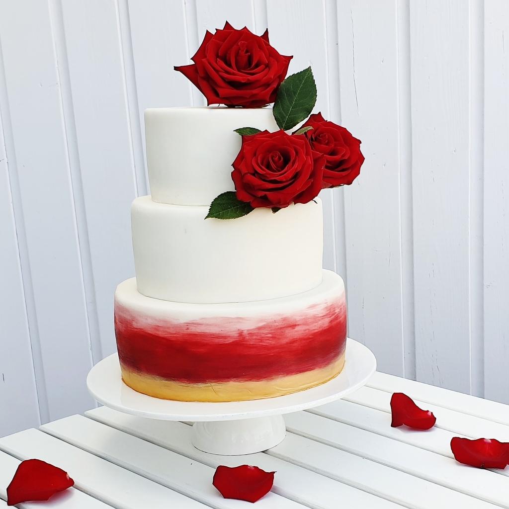 ombre rozen bruidstaart